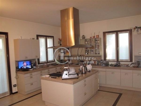 Villa in Vendita a Vermezzo: 5 locali, 340 mq - Foto 3