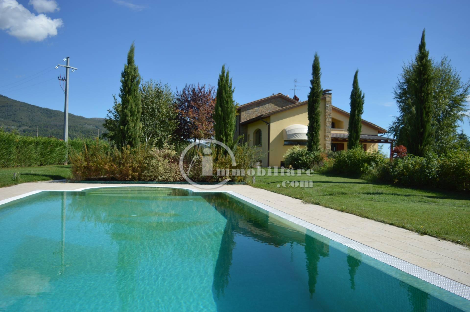 Villa in Vendita a Terranuova Bracciolini:  5 locali, 300 mq  - Foto 1