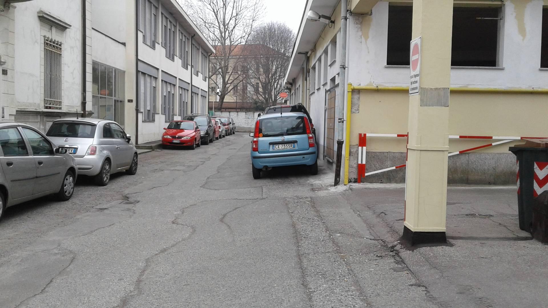 Posto-box auto in Vendita a Torino: 1 locali, 12 mq