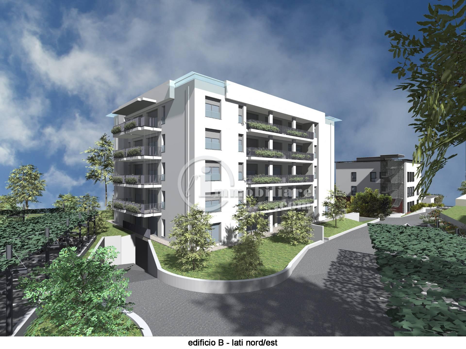 Appartamento in Vendita a Varese: 4 locali, 172 mq
