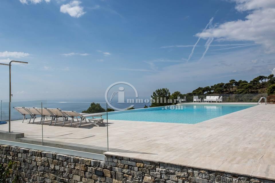 Villa in Vendita a Cipressa: 5 locali, 800 mq - Foto 4