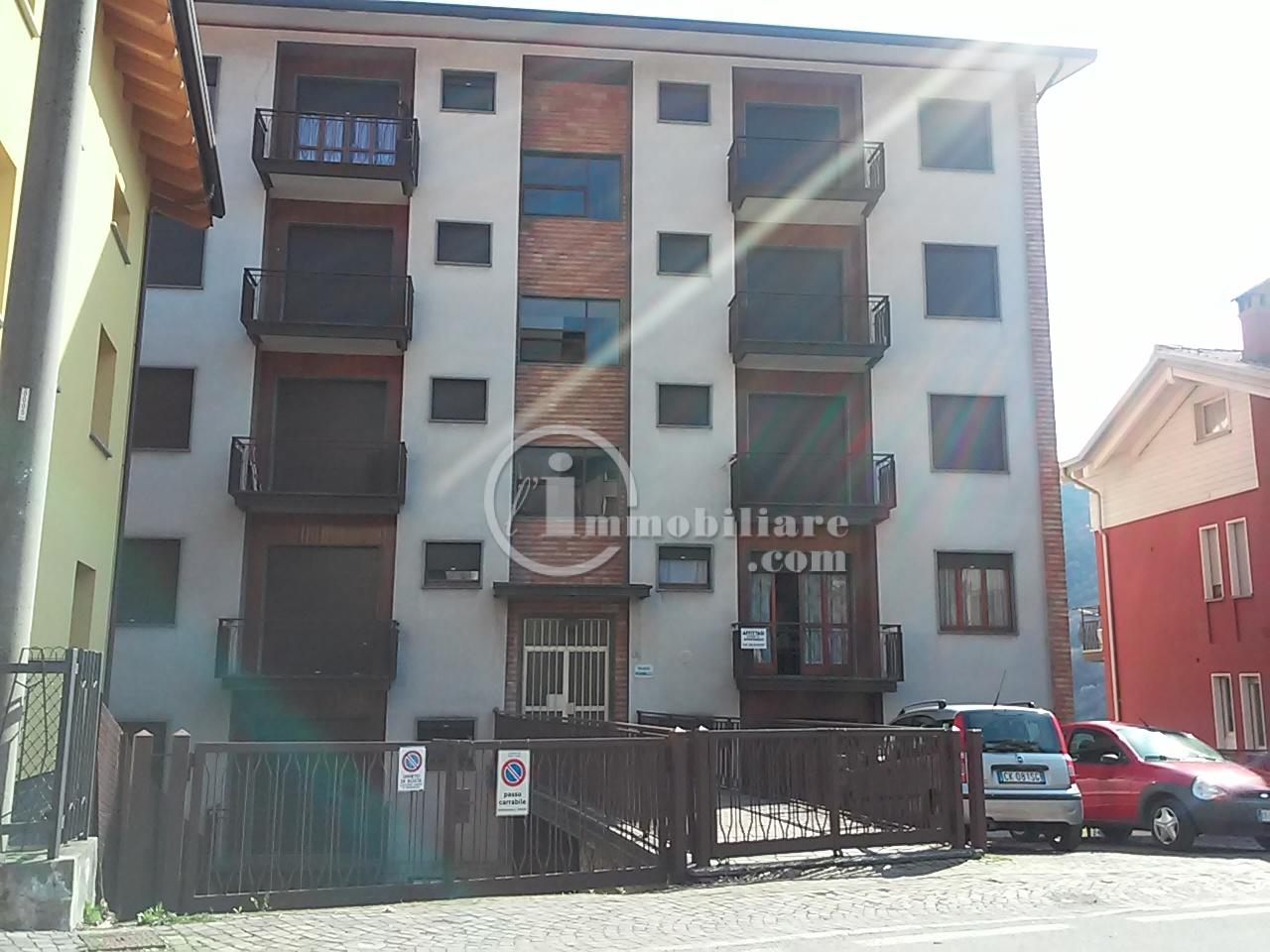 Appartamento in Vendita a Esino Lario: 3 locali, 85 mq