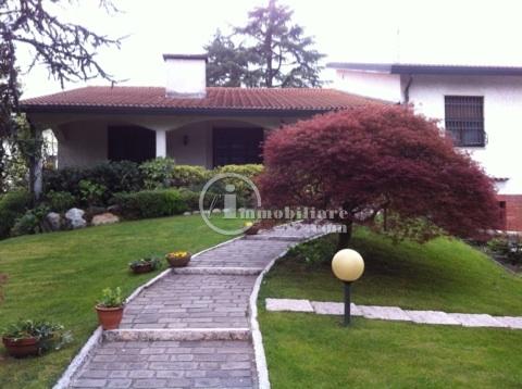 Villa in Vendita a Trezzano Sul Naviglio: 5 locali, 500 mq