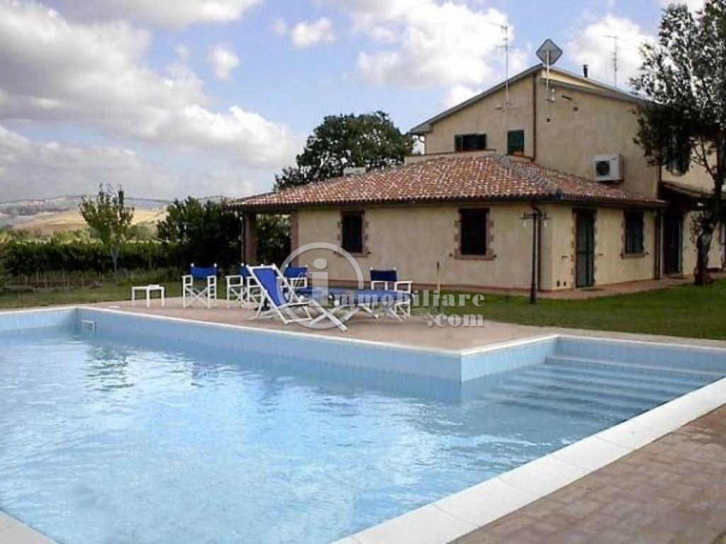 Azienda in Vendita a Scansano: 5 locali, 120000 mq