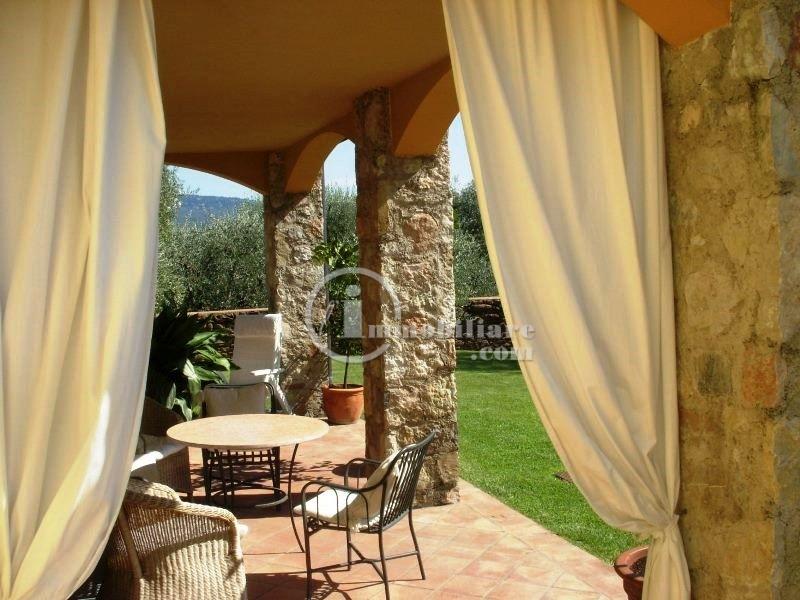 Villa in Vendita a Gargnano: 5 locali, 200 mq - Foto 2