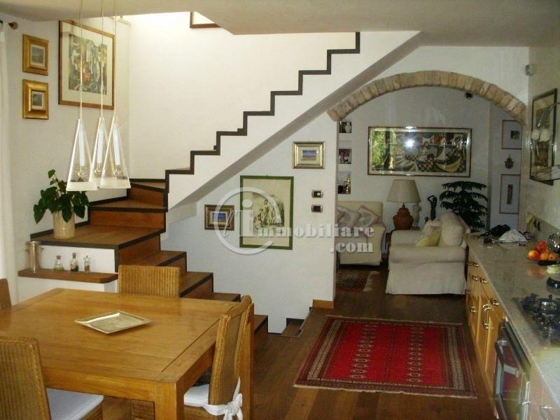 Villa in Vendita a Gargnano: 5 locali, 200 mq - Foto 9