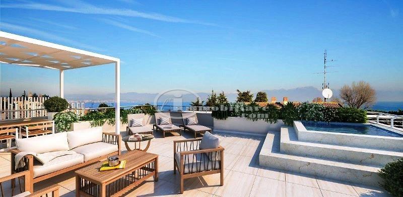 Appartamento in Vendita a Desenzano Del Garda: 5 locali, 125 mq