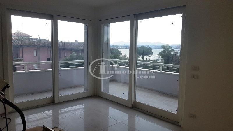 Appartamento in Vendita a Desenzano Del Garda: 5 locali, 125 mq - Foto 5