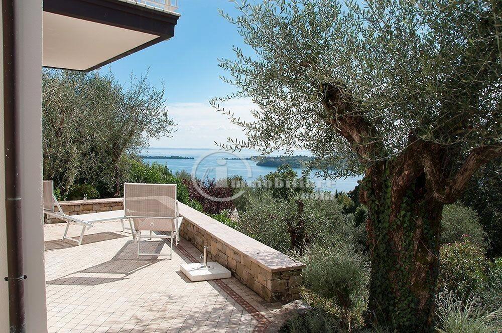 Villa in Vendita a Gardone Riviera: 5 locali, 240 mq - Foto 2