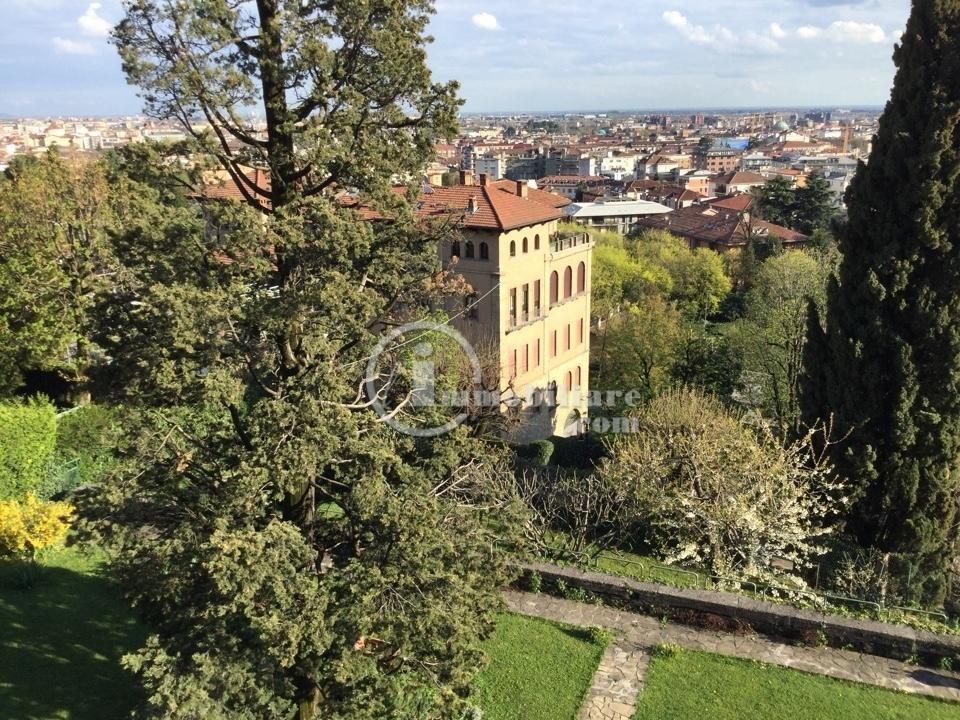 Appartamento in Vendita a Bergamo: 5 locali, 300 mq - Foto 1