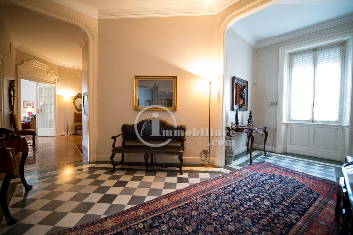 Appartamento in Vendita a Milano 01 Centro storico (Cerchia dei Navigli):  5 locali, 300 mq  - Foto 1
