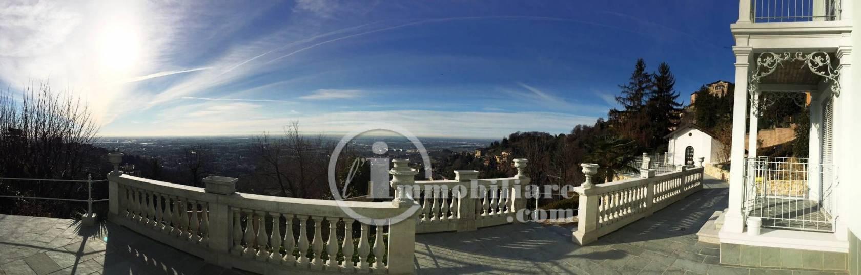 Villa in Vendita a Bergamo via san vigilio