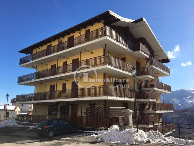 Appartamento in Vendita a Roburent: 3 locali, 72 mq