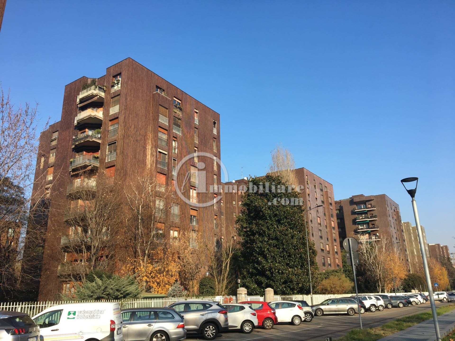 Posto-box auto in Vendita a Milano 25 Cassala / Famagosta / Lorenteggio / Barona: 1 locali, 18 mq
