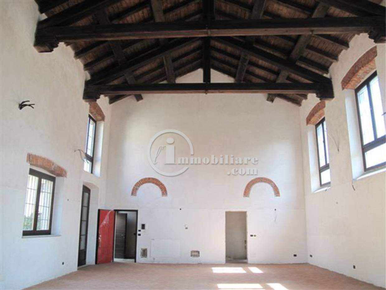 Rustico in Vendita a Milano 07 Darsena /  Ticinese: 1 locali, 200 mq