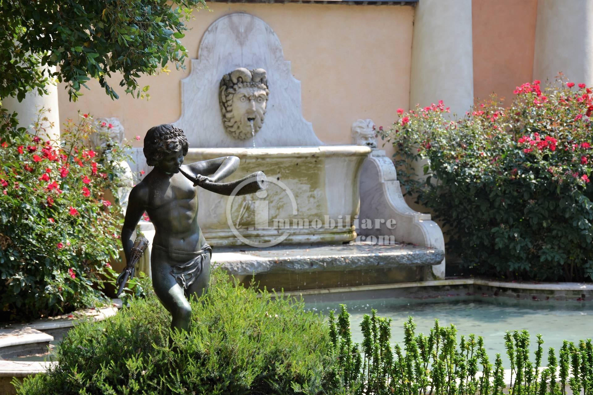 Palazzo in Affitto a Tromello: 5 locali, 1600 mq