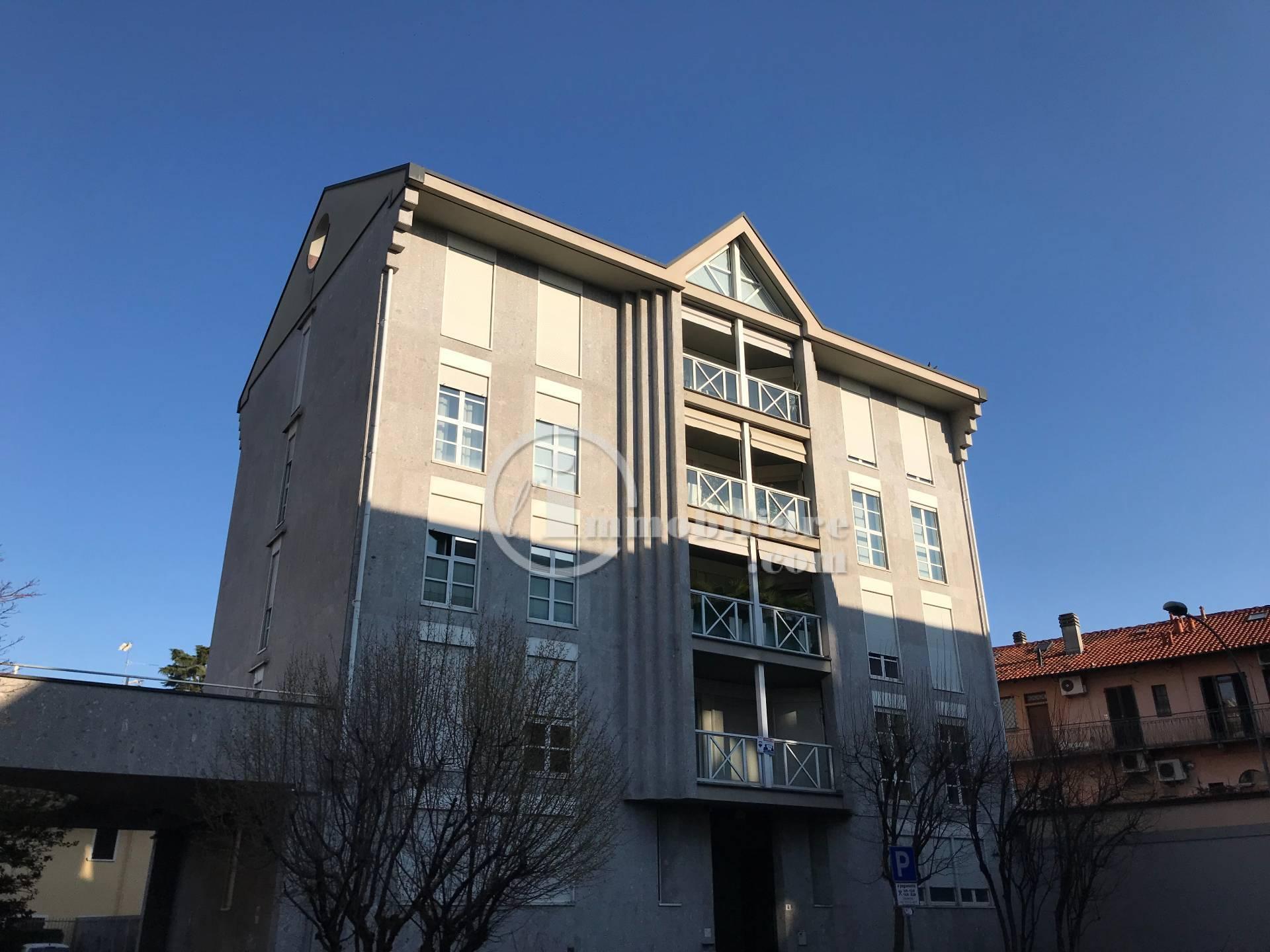 Appartamento in Affitto a Legnano Centro: 2 locali, 75 mq