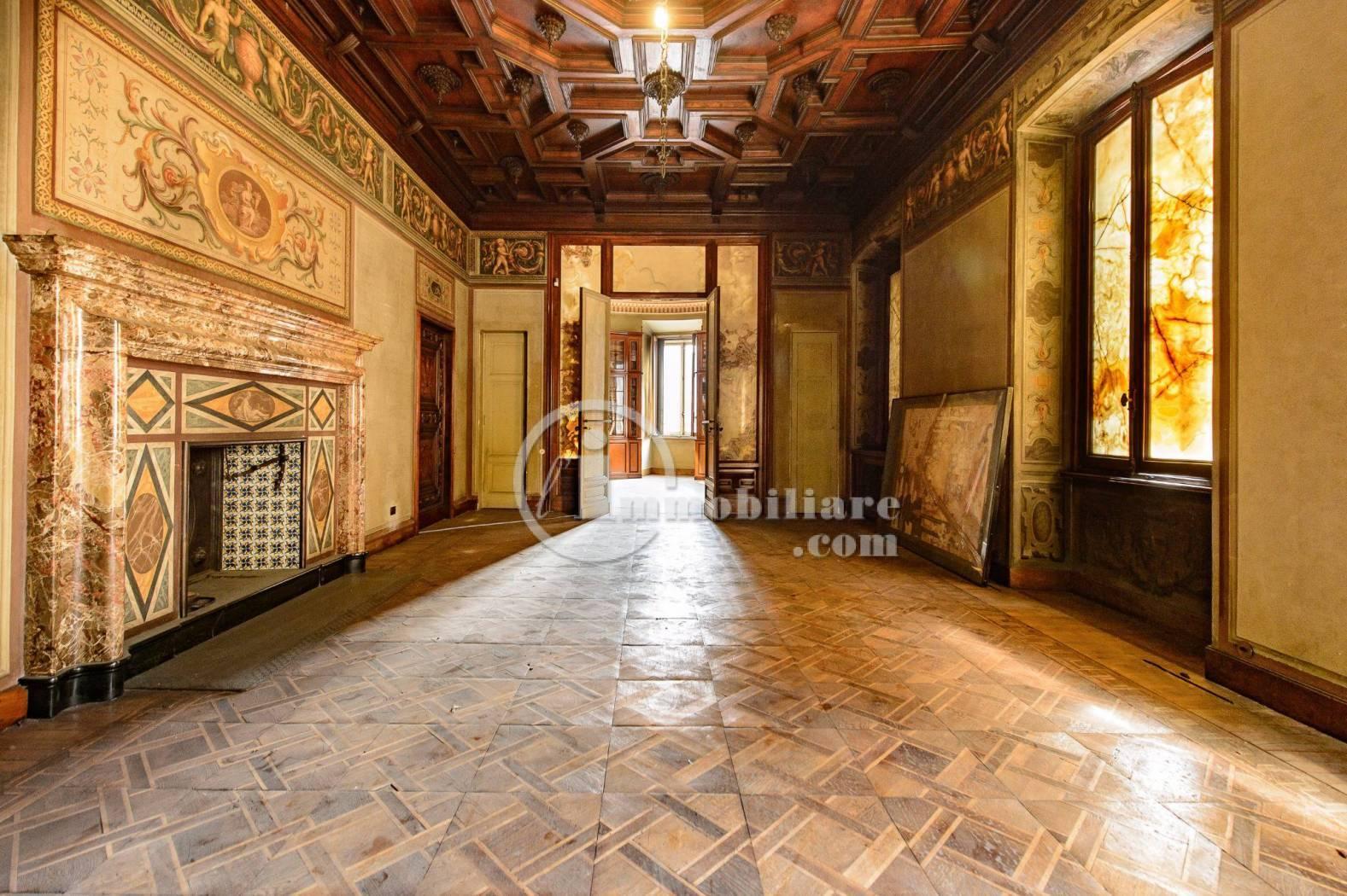Ufficio-studio in Affitto a Milano 01 Centro storico (Cerchia dei Navigli): 5 locali, 750 mq