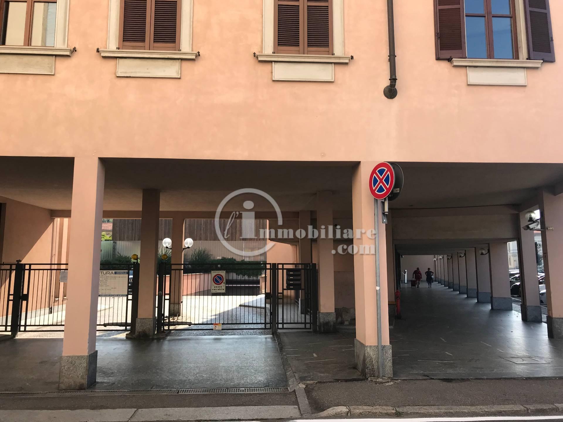 Posto-box auto in Vendita a Busto Arsizio Centro: 1 locali, 24 mq