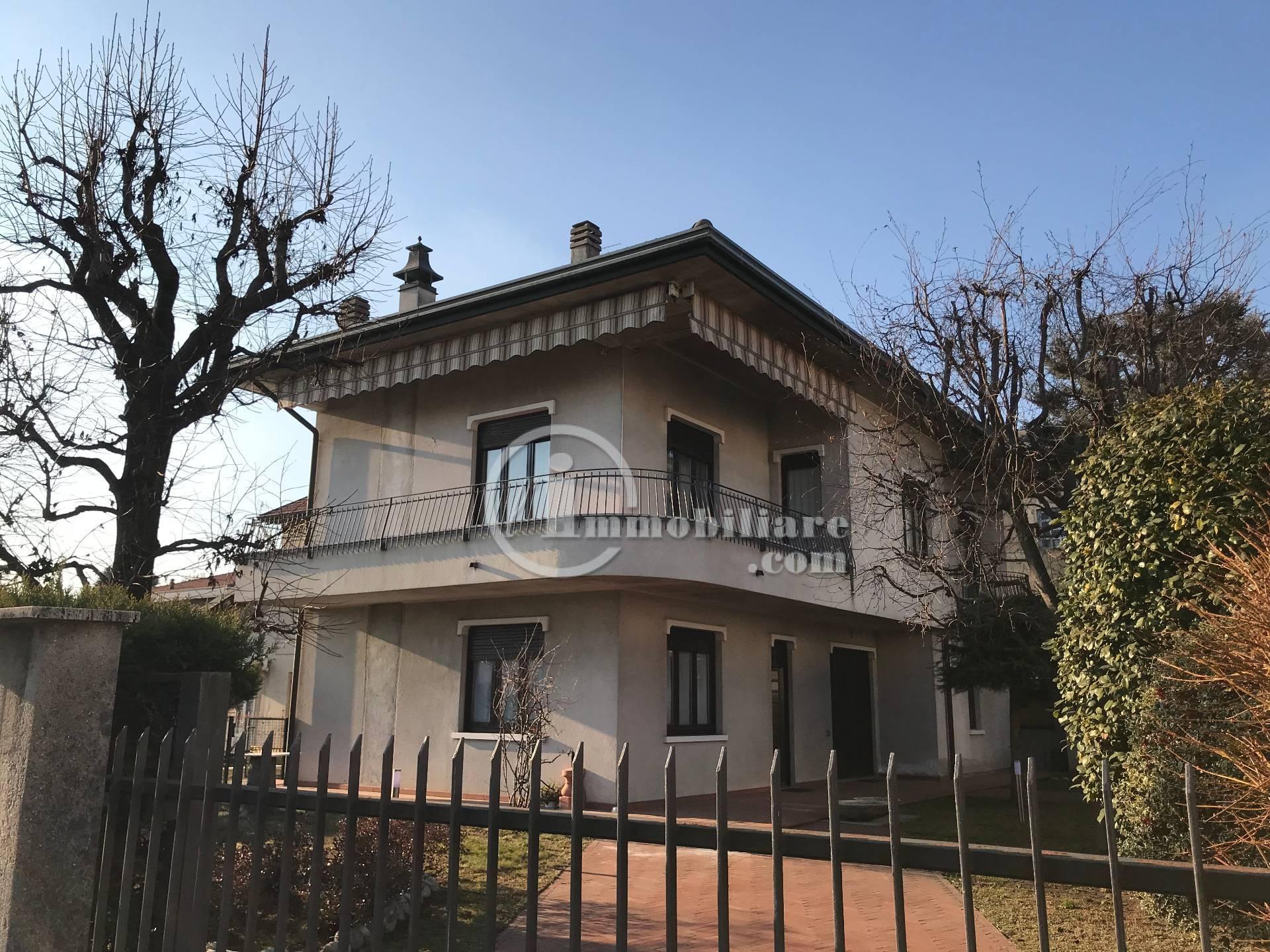 Appartamento in Affitto a Busto Arsizio: 1 locali, 50 mq