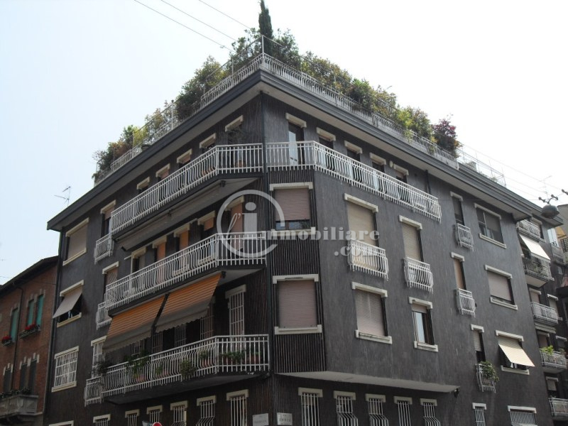 Attico in Affitto a Milano 06 Italia / Porta Romana / Bocconi / Lodi: 5 locali, 180 mq