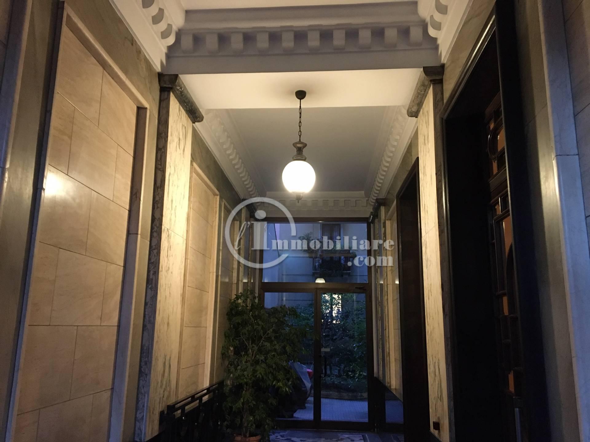Appartamento in Vendita a Milano: 3 locali, 123 mq - Foto 2