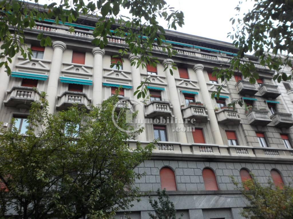 Appartamento in Vendita a Milano via monte bianco