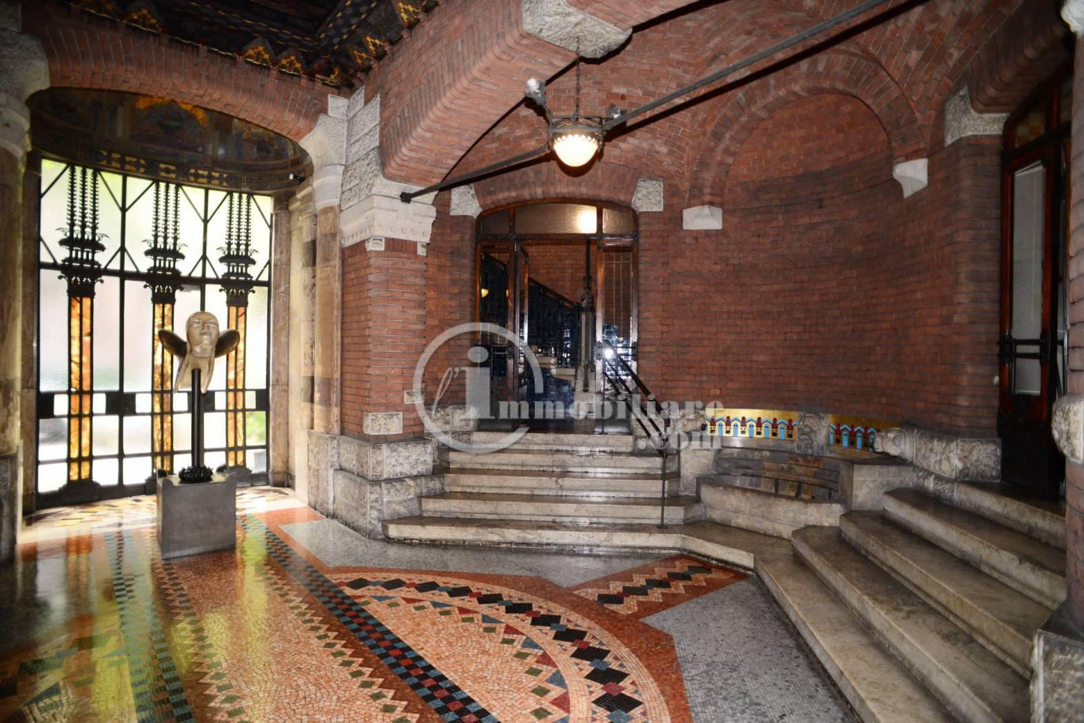 Appartamento in Affitto a Milano 01 Centro storico (Cerchia dei Navigli): 4 locali, 170 mq