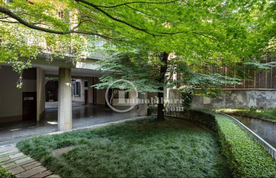 Appartamento in Affitto a Milano 01 Centro storico (Cerchia dei Navigli): 5 locali, 214 mq