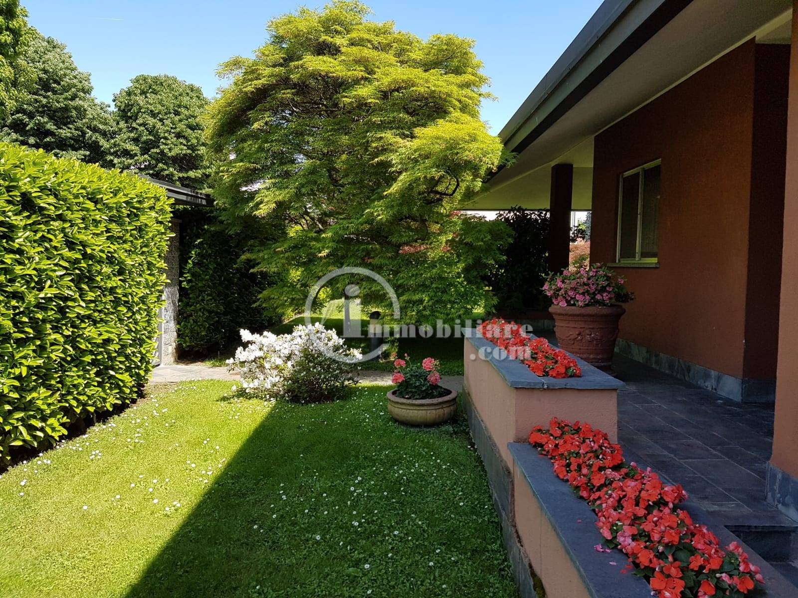 Villa in Vendita a Trezzano Sul Naviglio: 5 locali, 280 mq - Foto 1