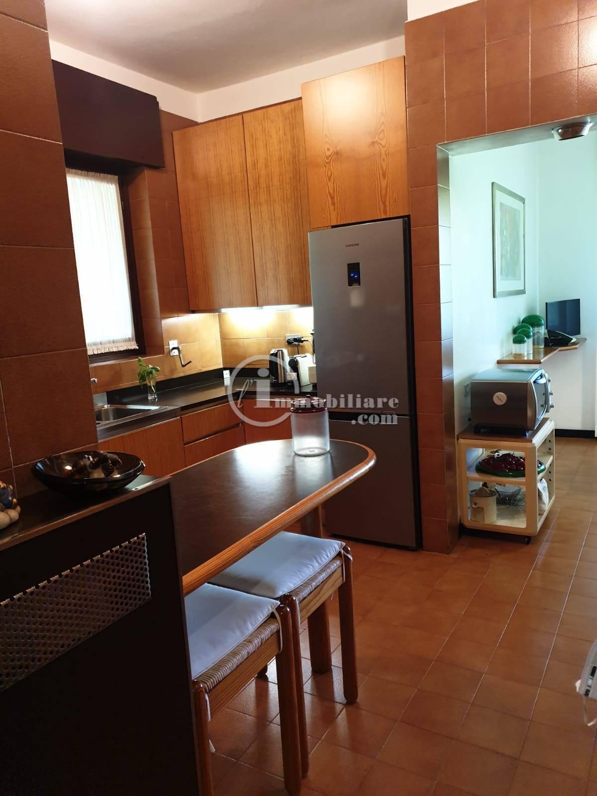 Villa in Vendita a Trezzano Sul Naviglio: 5 locali, 280 mq - Foto 23