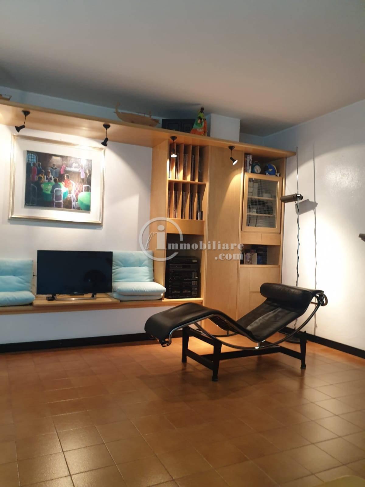Villa in Vendita a Trezzano Sul Naviglio: 5 locali, 280 mq - Foto 20