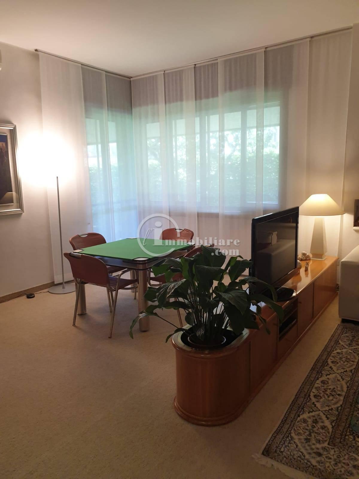 Villa in Vendita a Trezzano Sul Naviglio: 5 locali, 280 mq - Foto 7