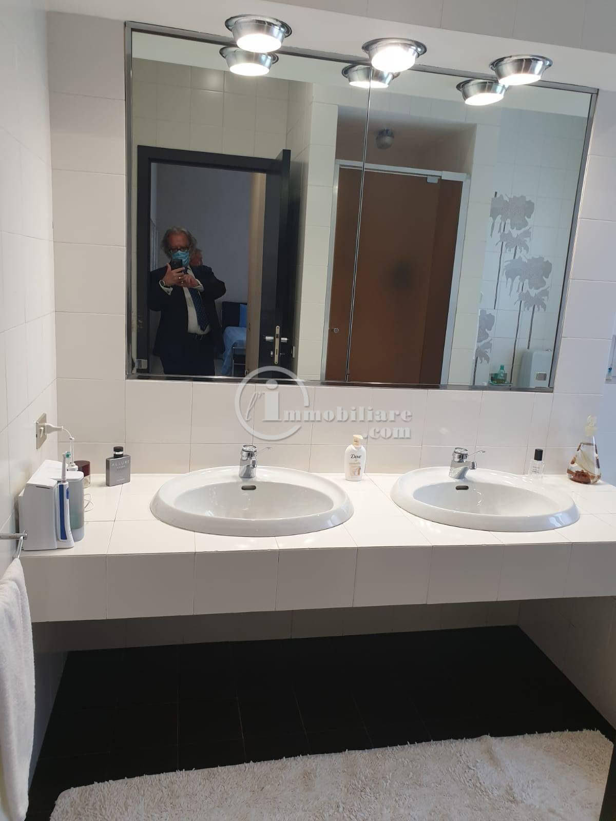 Villa in Vendita a Trezzano Sul Naviglio: 5 locali, 280 mq - Foto 29