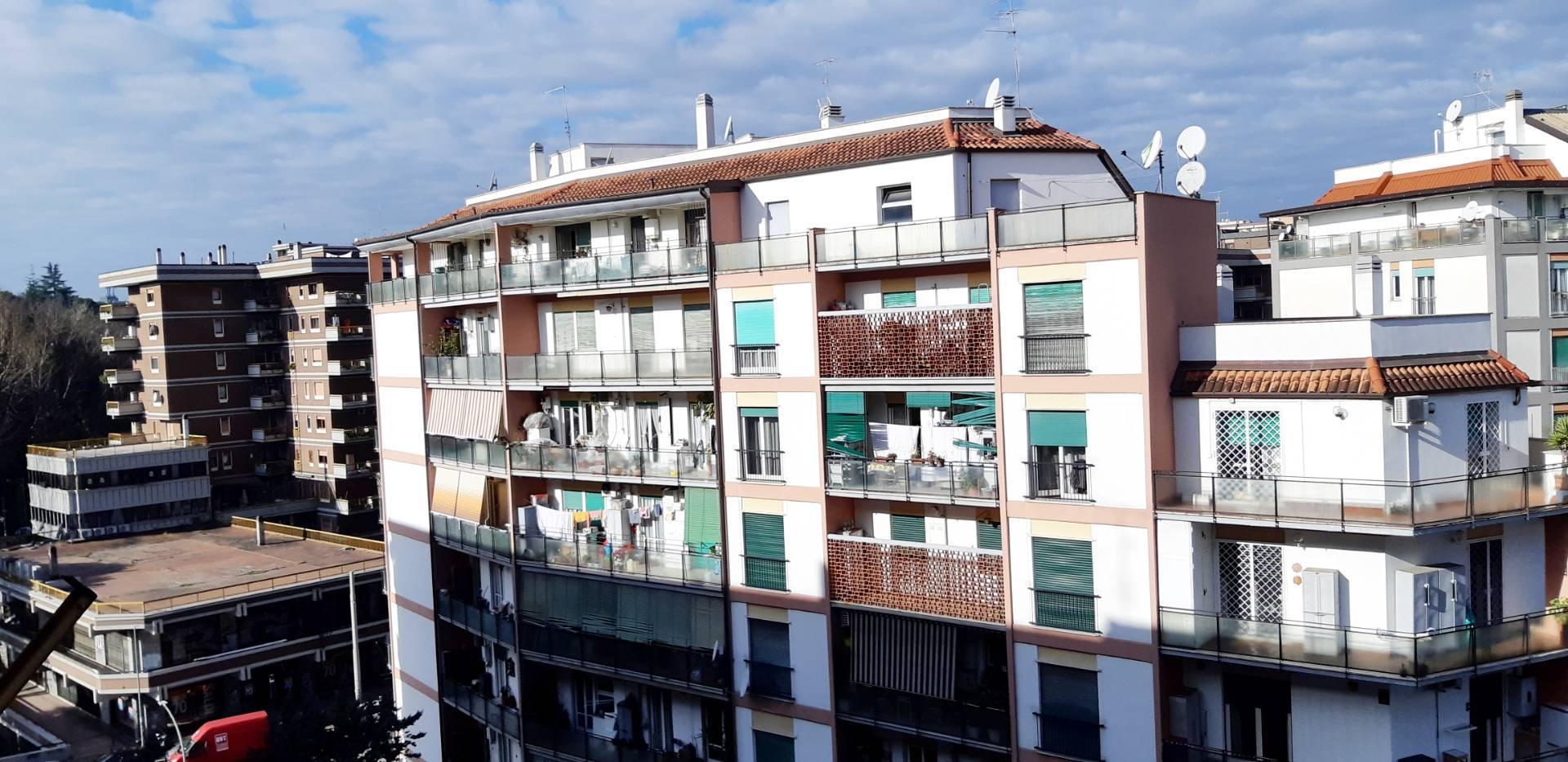 Appartamento in Vendita a Roma: 3 locali, 82 mq