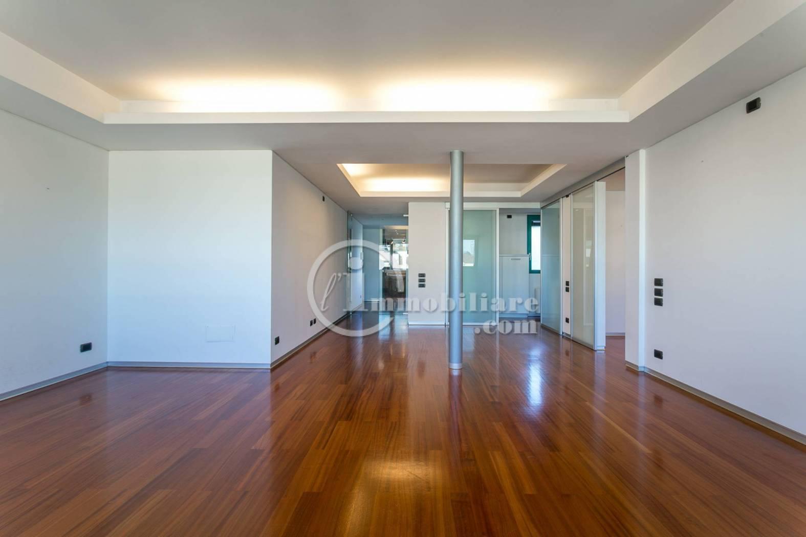 Appartamento in Affitto a Milano 01 Centro storico (Cerchia dei Navigli): 3 locali, 122 mq