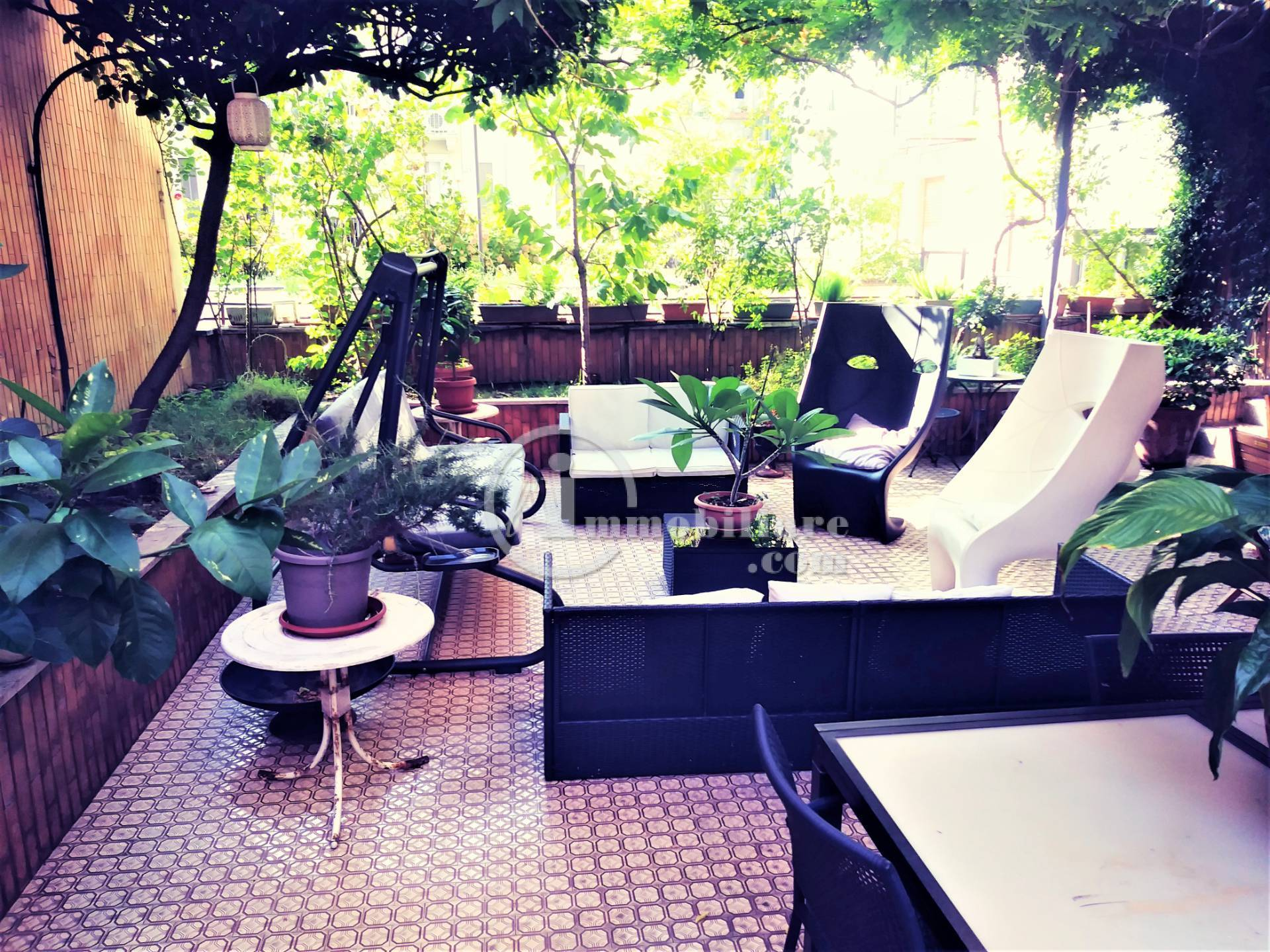 Appartamento in Affitto a Milano: 5 locali, 176 mq