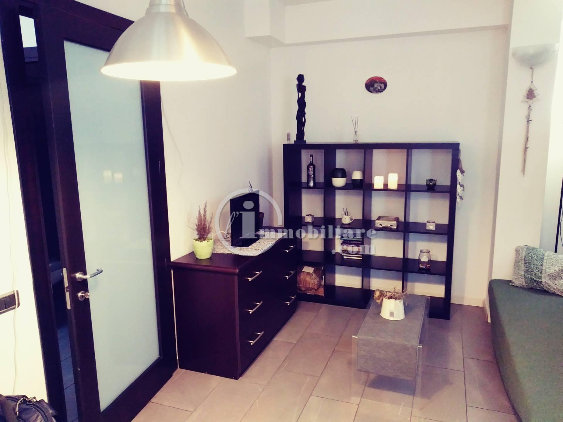 Appartamento in Affitto a Milano 07 Darsena /  Ticinese: 2 locali, 50 mq