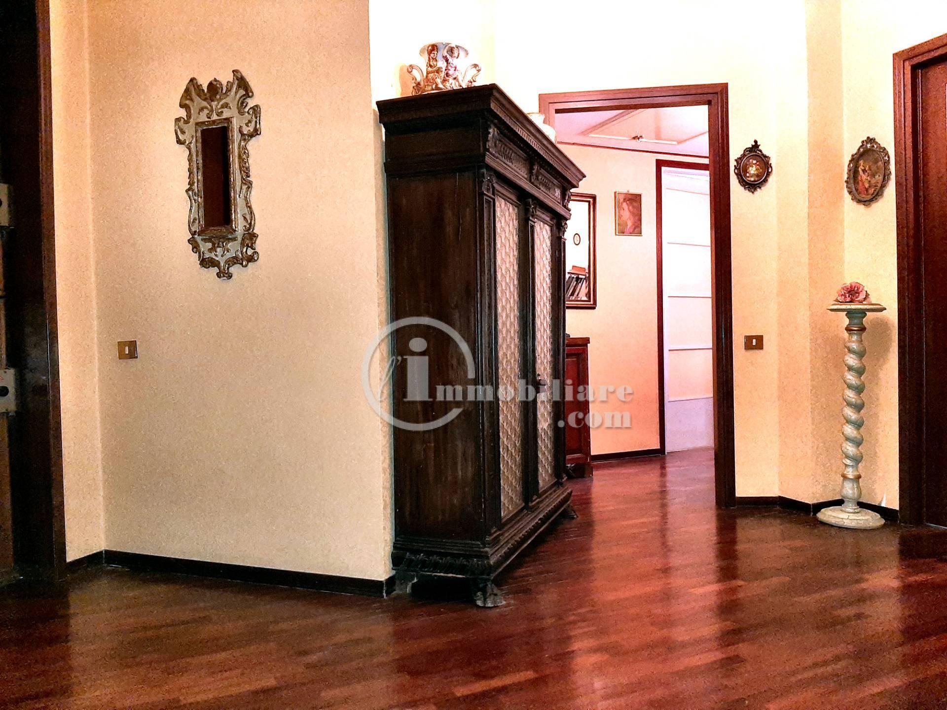 Appartamento in Vendita a Milano: 4 locali, 150 mq - Foto 12