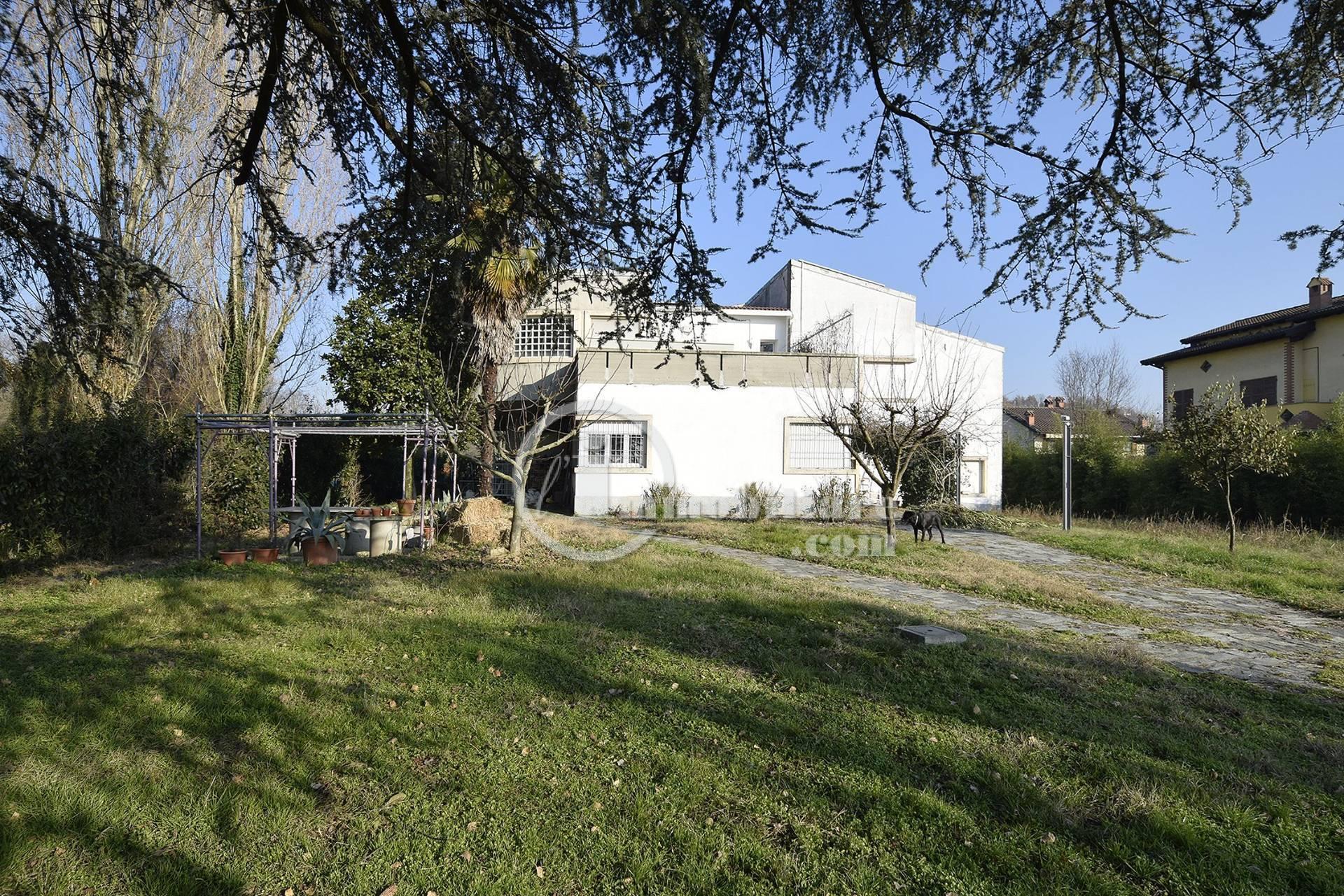 Villa in Vendita a Miradolo Terme: 5 locali, 540 mq