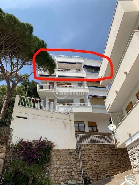 Appartamento in Vendita a Alassio: 5 locali, 270 mq - Foto 9