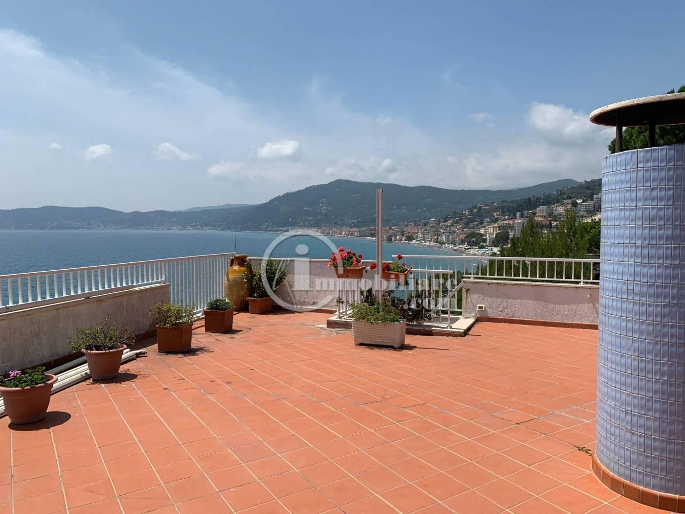 Appartamento in Vendita a Alassio: 5 locali, 270 mq - Foto 11