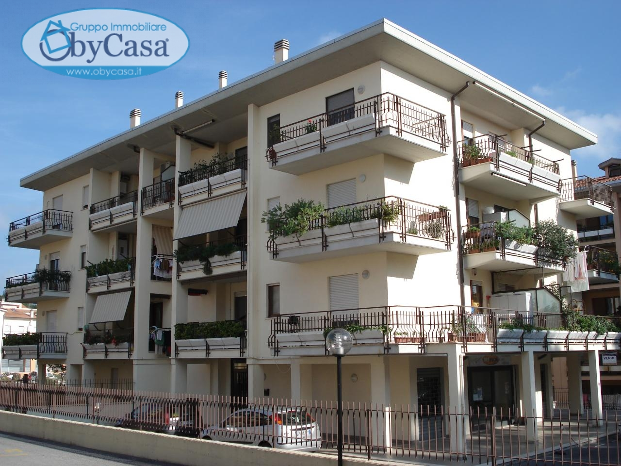 Appartamento in affitto a Bracciano, 3 locali, prezzo € 550   CambioCasa.it