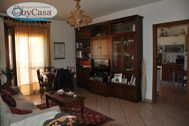 Appartamento in vendita a Bracciano, 3 locali, prezzo € 135.000 | CambioCasa.it