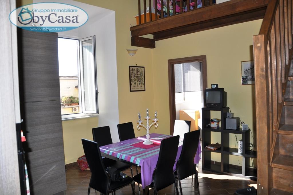 Appartamento in vendita a Bracciano, 3 locali, zona Zona: Centro, prezzo € 93.000 | CambioCasa.it