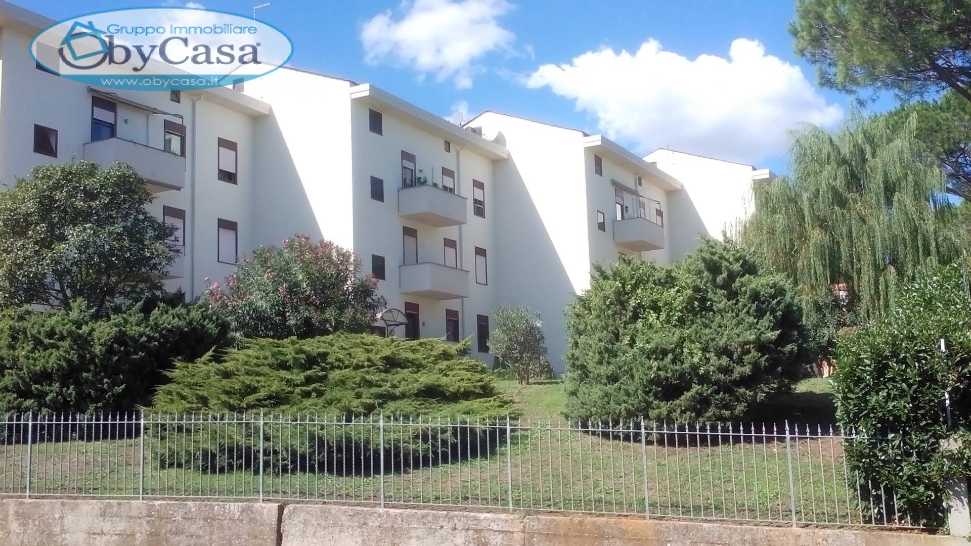 Appartamento in vendita a Bracciano, 4 locali, zona Zona: Cartiere, prezzo € 135.000 | CambioCasa.it