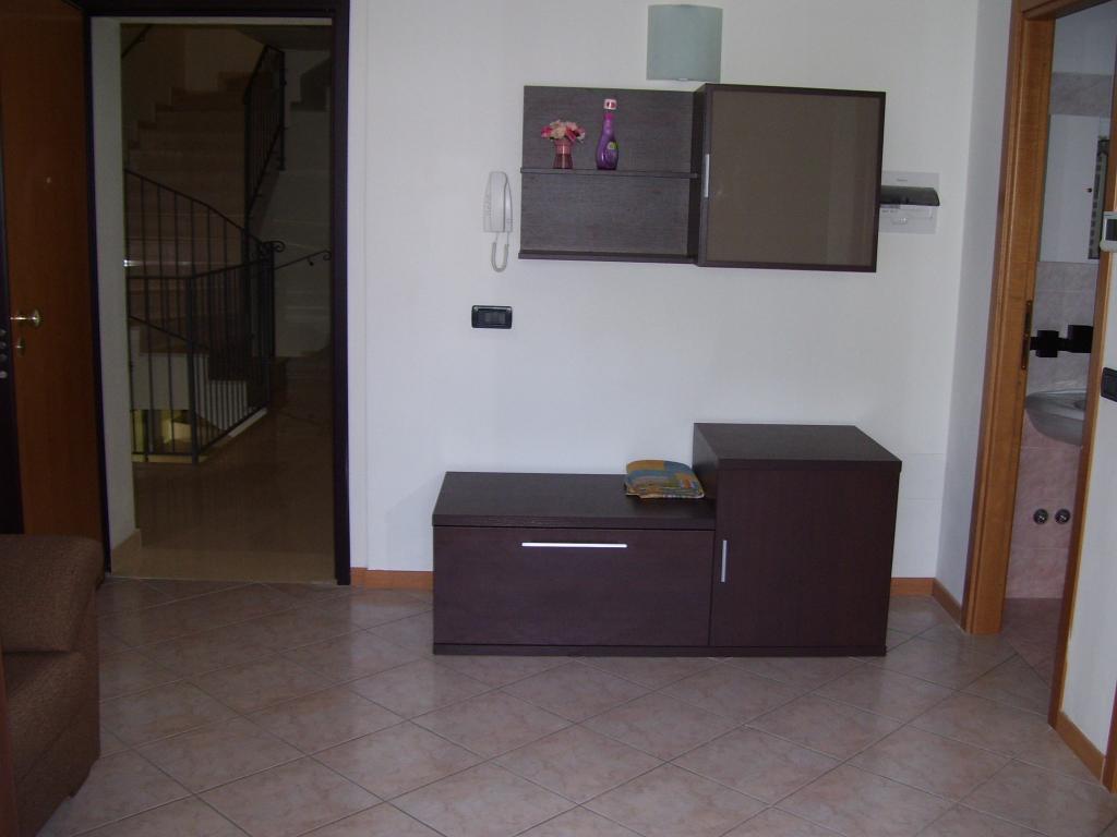 Appartamento in affitto a Cesena, 2 locali, zona Zona: Pievesestina, prezzo € 450   CambioCasa.it
