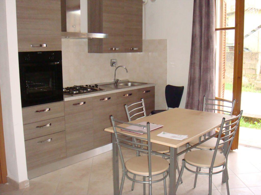 Appartamento in affitto a Buti, 2 locali, prezzo € 440 | CambioCasa.it