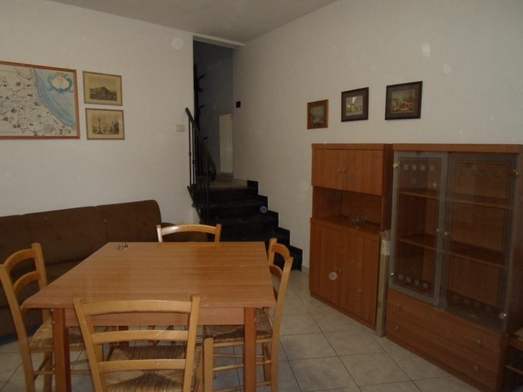 Appartamento in affitto a Cesena, 3 locali, zona Località: PonteVecchio, prezzo € 650   CambioCasa.it
