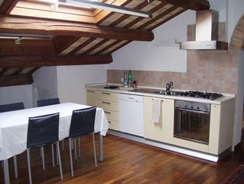 Attico / Mansarda in affitto a Ravenna, 4 locali, zona Località: ViaCavourRavenna, prezzo € 800   CambioCasa.it